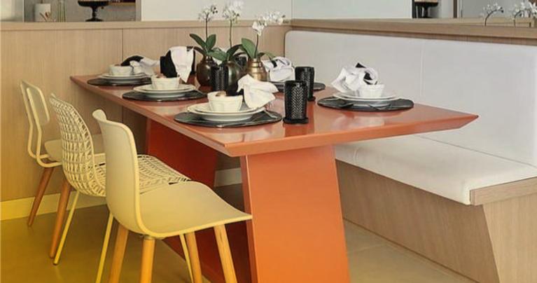 planejar mesa de jantar em espaço reduzido